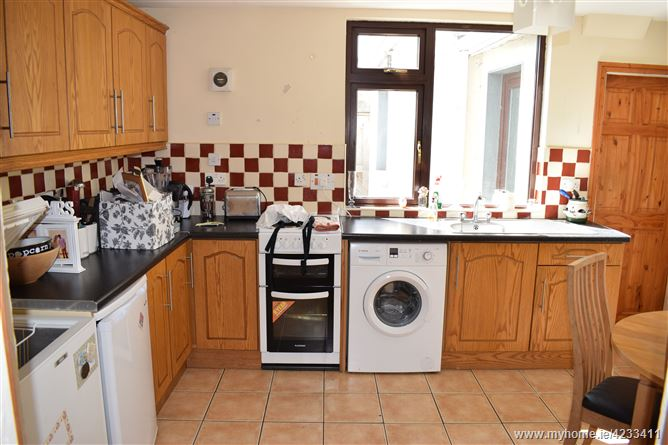 7 Staplestown Road Carlow Town Carlow Dng Mccormack