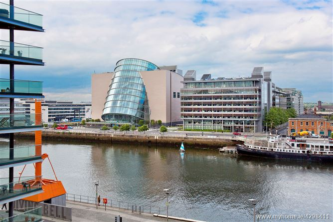 18 Hanover Riverside, Grand Canal Dk, Dublin 2