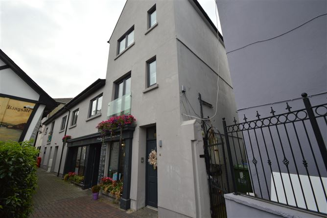 Main image for The Townhouse, Hayden's Lane, Kinsale, Co. Cork