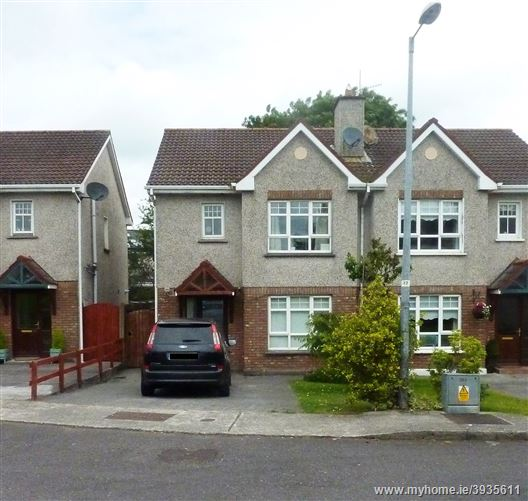 22, The Pines, Westwood, Carrigaline, Cork