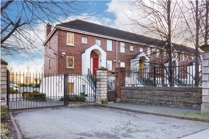 Main image for 61 Rathdown Square, North Circular Road, Dublin 7