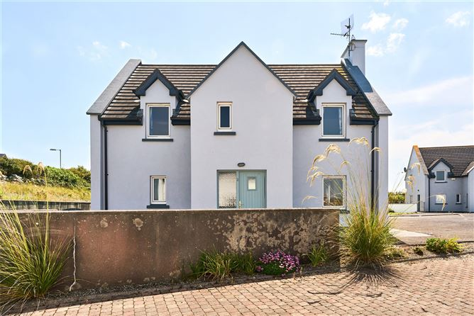 Main image for 2 An Creag,Lahinch,Co. Clare,V95 Y427