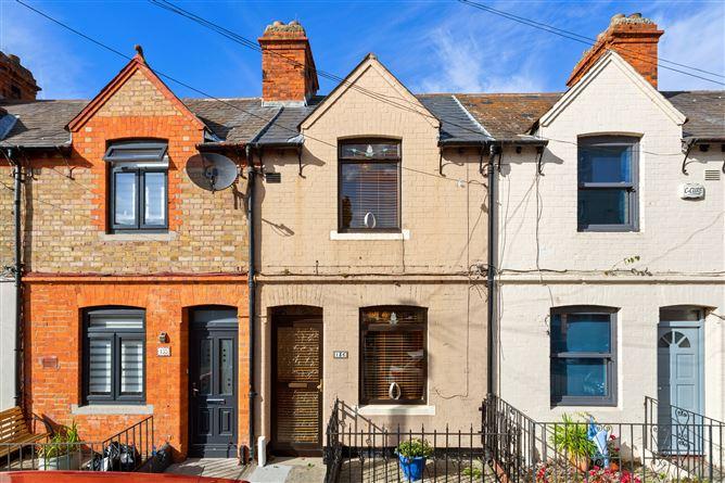 Main image for 136 Oliver Plunkett Avenue, Irishtown, Dublin 4