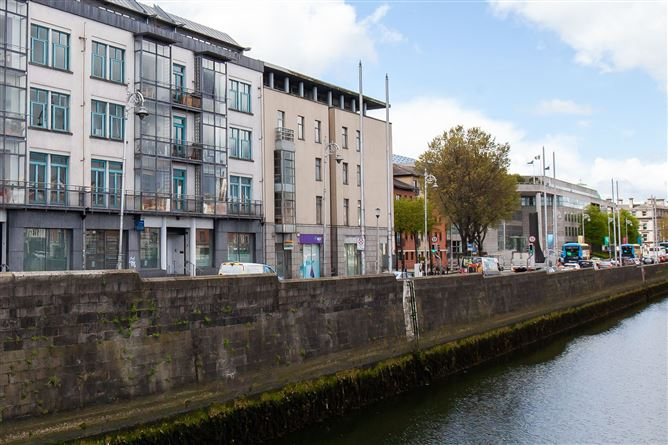 Main image for Apartment 6 The Bookend Apartments, Exchange Street Lower, Temple Bar, Dublin, D08YW67