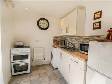 Main image of Springwell Farm Holiday Cottage,Holymoorside, Derbyshire, United Kingdom