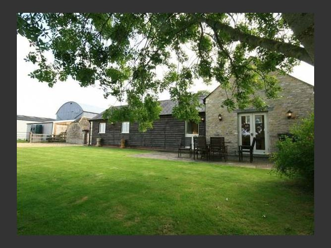 Main image for Dairy Cottage, CIRENCESTER, United Kingdom