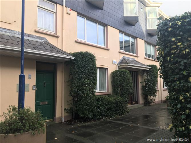 12A Ruxton Court, Dominick Street, City Centre,   Galway City