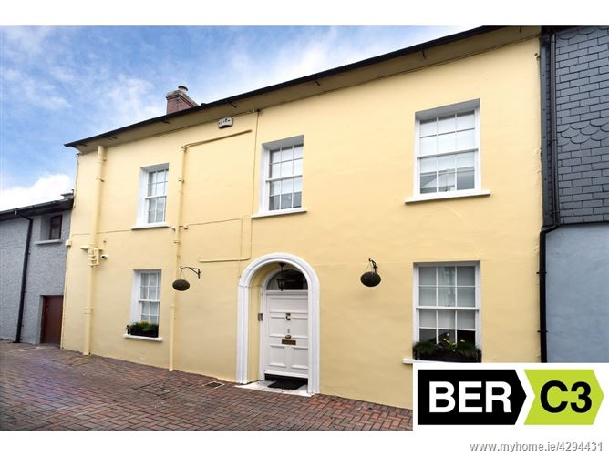 No. 2 Bowling Green, St Johns Hill, Kinsale, Cork