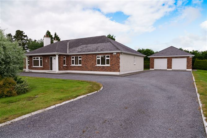 Main image for Hazelwood, Parkroe Craughwell, Oranmore, Galway