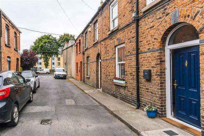 Main image for 2 Whitworth Avenue, Drumcondra, Dublin 3
