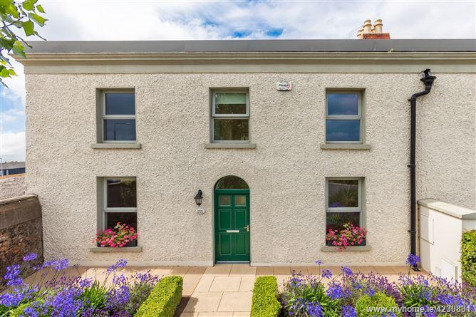 Main image for 221 Llandaff Terrace, Elmpark Green, Merrion, Dublin 4