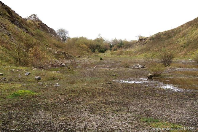 C. 6 acre  Sandpit Quarry, Carna, Charlestown, Mayo