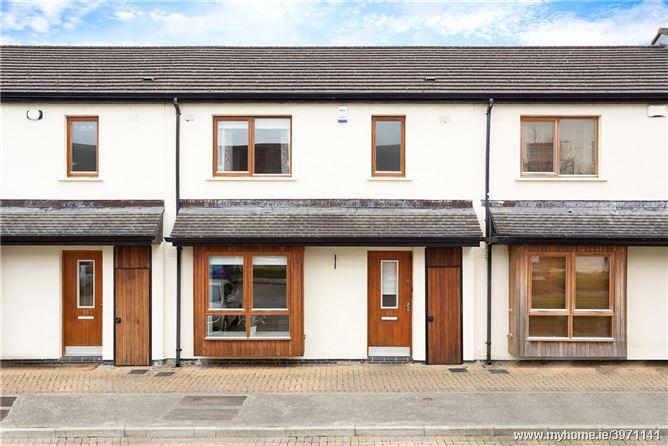 Photo of 64 Hunters Avenue, Ballycullen, Dublin 24