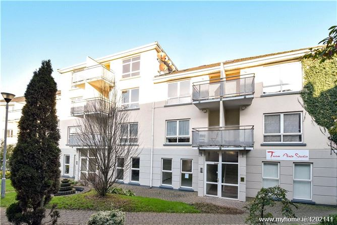 11 Temple Jarlath Court, High Street, Tuam, Co. Galway