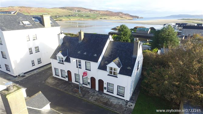 15 Harbour Heights, Dunfanaghy, Donegal