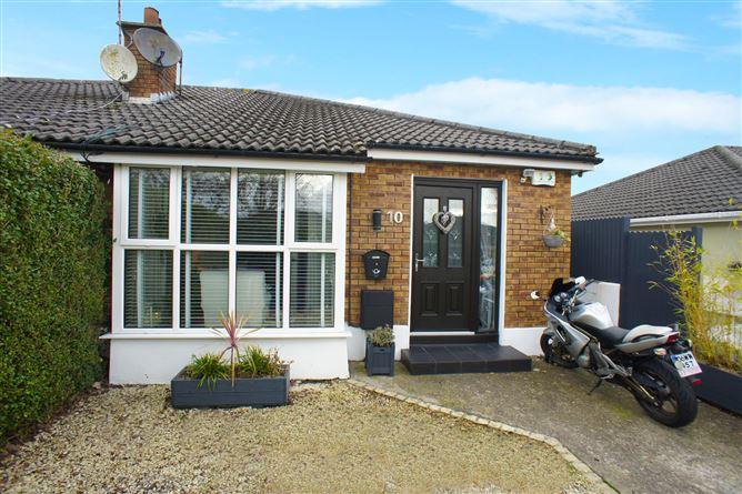 Main image for 10 Garden Village Drive, Kilpedder, Wicklow