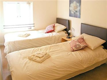Main image of Stables Cottage Pet,Bowerhill, Wiltshire, United Kingdom