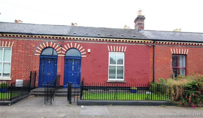 Main image for 44 De Courcey Square, Glasnevin, Dublin 9