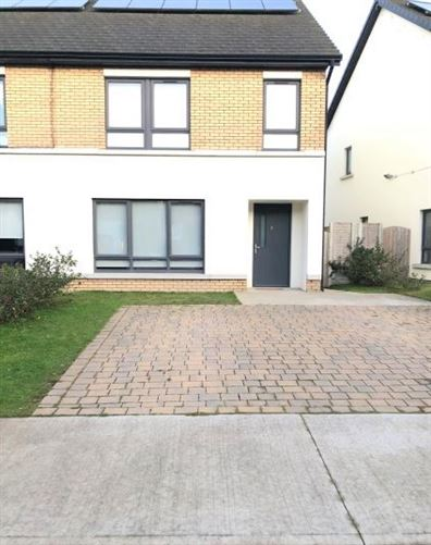Main image for 6 Hollystownrath Crescent, Hollystown,   Dublin 15