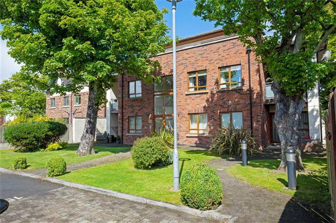 Main image for 8 Sycamore House, Park View, Baldoyle Road, Sutton, Dublin 13 D13 WV82