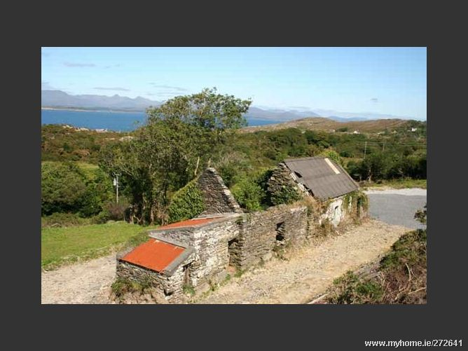 OLD RUIN ON C10 ACRES FARMLAND, Ardgroom, Beara, West Cork