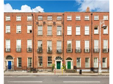 Main image of 62 Mountjoy Square West, Dublin 1