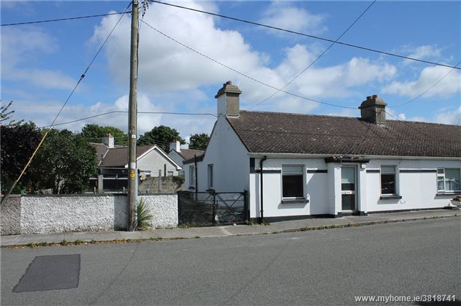 33 The Bawn Cottages, The Hill, Malahide, Co. Dublin