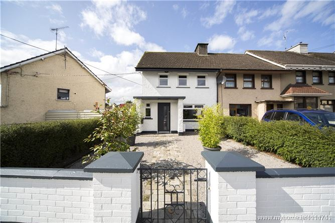 4 Loman Street, Trim, Co Meath, C15 X568