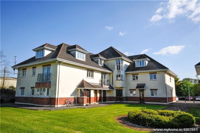Photo of Luxury 3-Bed Penthouse Apartment, 10A Hazelwood Court, Dublin Road, Thurles, Co. Tipperary