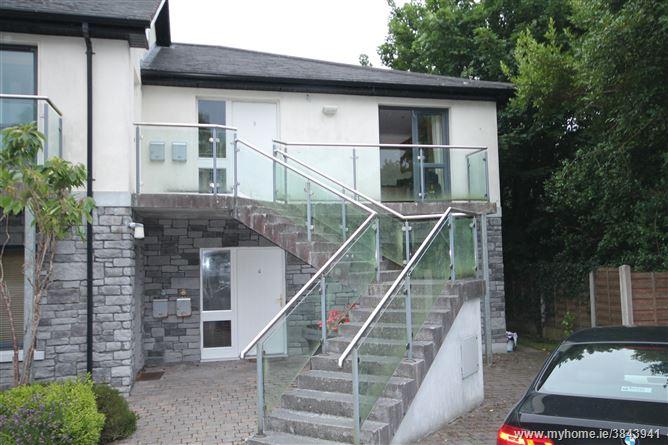 Apt 8, 16 Ballymoneen Road, Knocknacarra, Galway