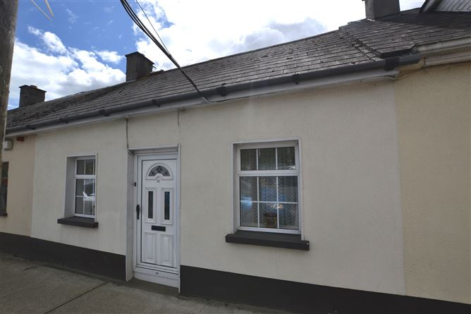 Main image for 10 McCurtain Street, Gorey, Wexford, Y25HX04