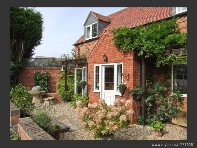 Main image for Mole End Cottage Family Cottage,Mickleton, Warwickshire, United Kingdom