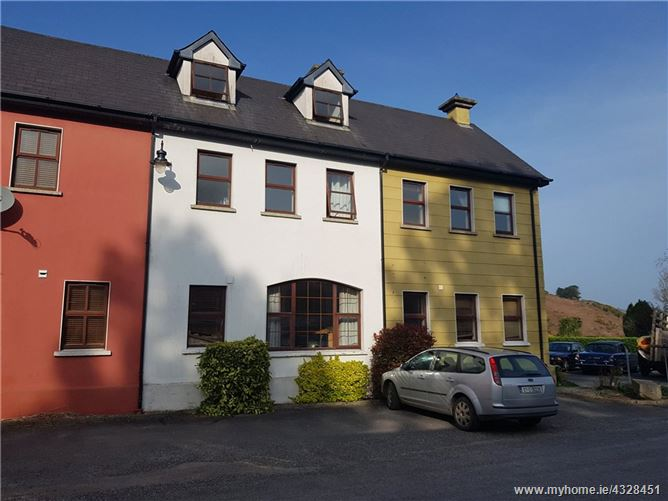 Main image for 4 The Moorings, Kilmacsimon Quay, Bandon, Co. Cork, P72 K680