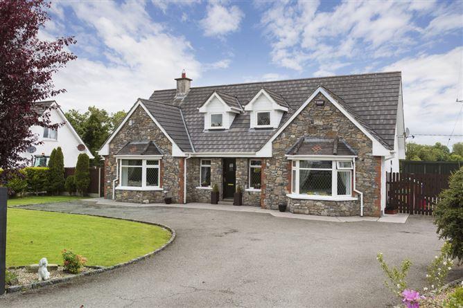 Main image for Granard Road, Castlepollard, Westmeath