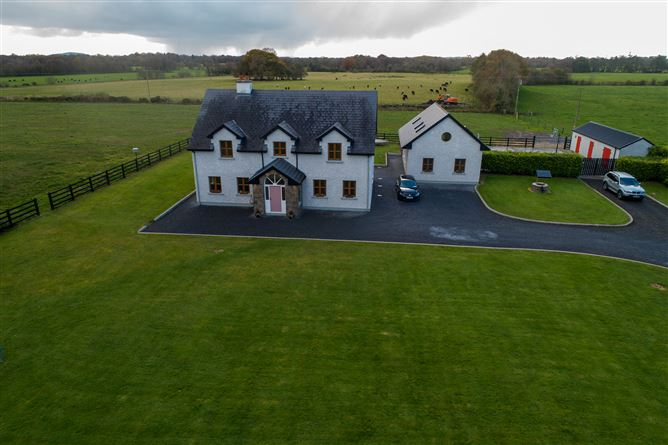 Main image for Whitefort Lodge, Mahonstown, Gaybrook,, Mullingar, Westmeath