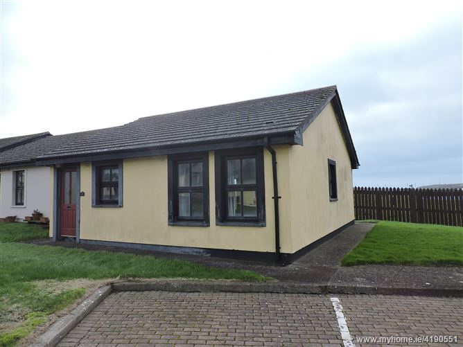 Main image of 41 Pebble Grove, Pebble Beach, Tramore, Waterford