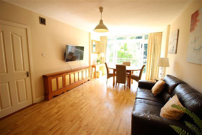 Main image for Apartment 29, Park Crescent House, Blackhorse Ave, Dublin 7