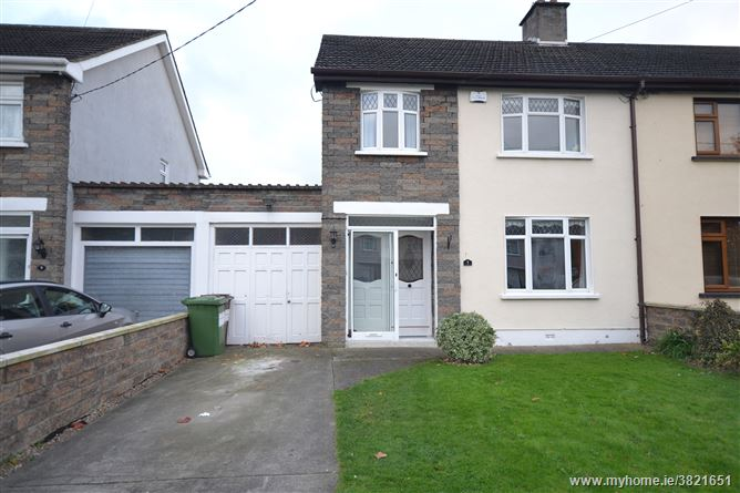 7 Manor Road , Palmerstown,   Dublin 20