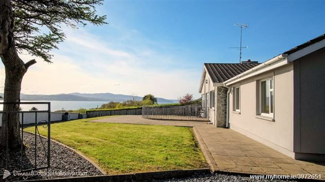 Porthaw Bay House - Porthaw Glen, Buncrana, Donegal