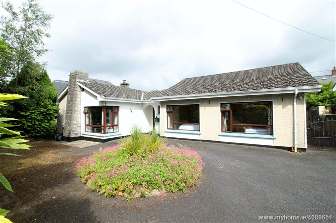 Photo of Newcastle, Golf Links Road , Castletroy, Limerick