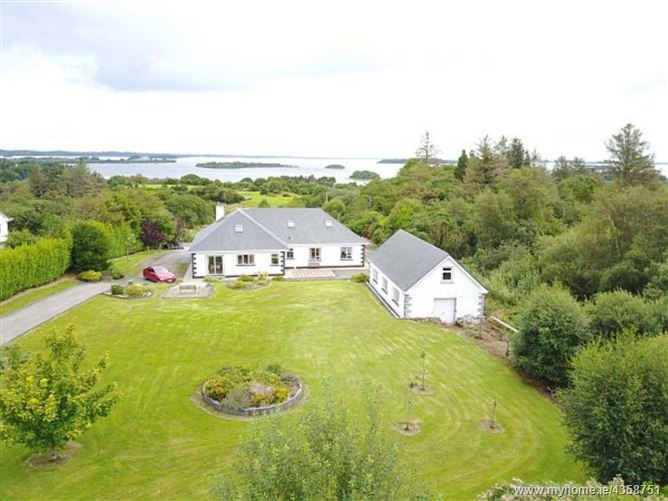 Main image for Dunavilla House, Glann Road, Oughterard, Out-of-Town, Galway