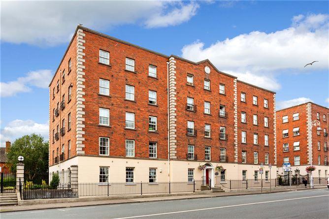 Main image for 113 Custom Hall,Lower Gardiner Street,Dublin 1