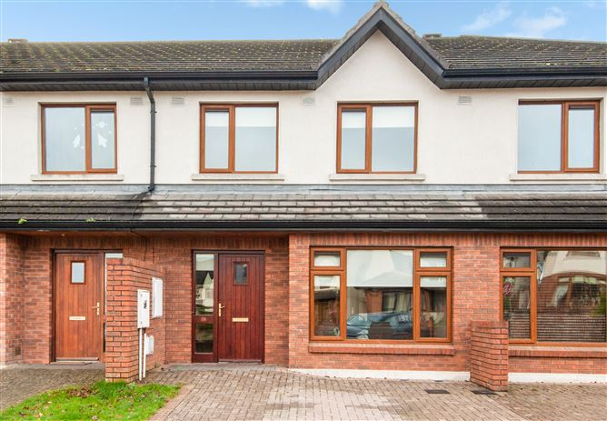 26 Woodlands Drive , Gorey, Wexford