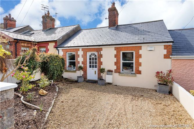 65 St Peters Terrace, Howth, Co Dublin