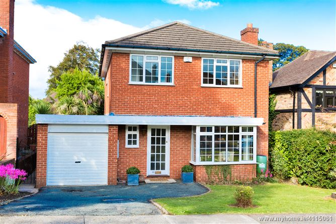 83 Carysfort Downs, Blackrock, Co. Dublin