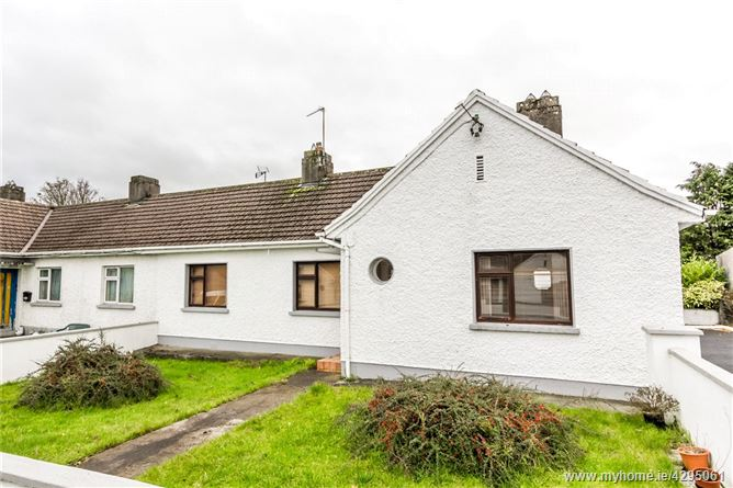 10 St Theresa Road, Lisnamult, Roscommon, Co. Roscommon, F42 W896