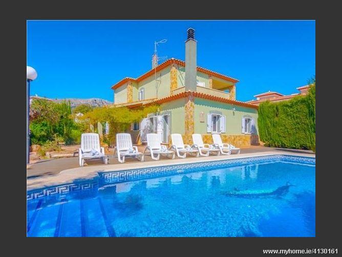 Calle, 03710, Calpe / Calp, Spain