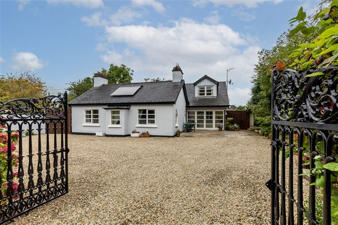 Main image for The Cottage, Greenwood, Baskin Lane, Kinsealy, County Dublin