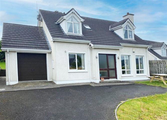 Main image for 15 Castle Cove, Collooney, Sligo, F91 P5P6