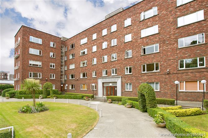 Photo of 2 Court Apartments, Wilton Place, South City Centre, Dublin 2